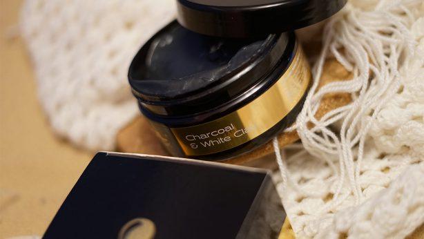 ¿Carbón Activo para el pelo? ¡Sí, por favor! Reseña de Nanoil Charcoal & White Clay Hair Mask
